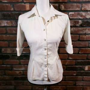 Milly Ivory Fitted Button-front 3/4 Sleeve Blouse